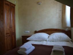 Pokój nr 16 – 4 osobowy
